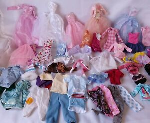 Huge Lot Barbie And Friends Fashion Doll Clothing Lot *Tons of Shoes*