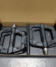"""Black - Race Face Chester Composite Platform Pedals: 9/16"""" Pair Flat Pedal MTB"""