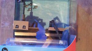 Aquarium Ornament | JW Pet Company | ActivAir Pirate Ship | New Old-Stock