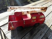 Red Tonka Snorkel Fire Truck. For Parts Or Restoration. Vintage Pressed Steel