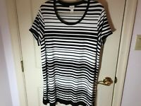Woman's Chico's weekends plus size 3 black stripe short sleeve rayon tunic top