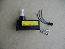 Stellmotor Ford Mondeo MK3 LWR Scheinwerfer Bosch 0307853307
