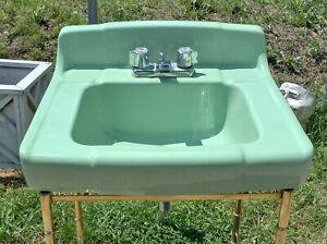 Vtg Mid Century Jadeite Green Porcelain Ceramic Bathroom Restroom Sink