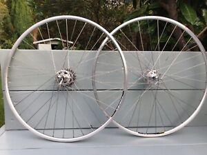 Campagnolo Large Flange wheels