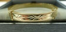 9ct Solid Gold Child's/Baby 5mm Wide Expanding Patterned Bangle 2.6 grams