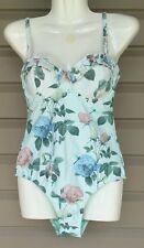 TED BAKER ANNRR DISTINGUISHING ROSE FLORAL WHITE SWIMSUIT ONE PIECE 32 C/D $125