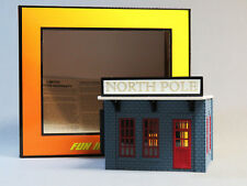 MTH RAILKING LIGHTED POWER STATION NORTH POLE O GAUGE train track 30-90535 NEW