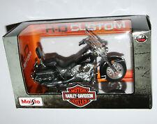 Maisto - Harley Davidson 2000 FLSTC Heritage Softail Classic - Model Scale 1:18