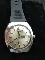 Vintage Gents Timex Automatic 1977 W/ Day & Date 47952-10977 RUNS 36 MM