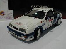 AUTOart Sportwagen-Modelle im Maßstab