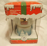 2006 Mickey and Minnie Mouse on Sled Snowglobe - Disneystore
