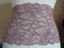 Französische elastische Spitze aus Calais in lavendel lila  19cm breit