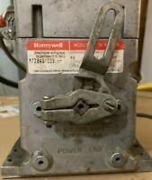 HONEYWELL  M7284Q1009 MODUTROL IV MOTOR