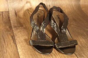 """Fioni Night Black Sequin Women's Dancing Shoes, Size 9 Sandals 3"""" Heels"""