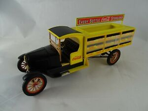 1:24 Danbury Mint 1927 Delvery Truck Coca Cola Yellow without Packaging