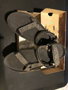 "New NIB Mens Teva ""coffee"" Hurricane 3 Size 13"