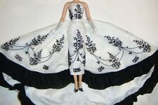 Silkstone Barbie Fashion Black and-White Long Gown For Barbie Dolls ske39