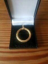 9ct Gold Pendant hollow woven design 0.93g