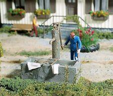 Pola 333213 Pumpbrunnen mit Wassertrog