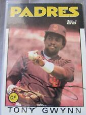TONY GWYNN  SIGNED 1986 TOPPS BASEBALL CARD #10