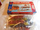 HO TRAIN LIFE-LIKE TRAIN STATION BUILDING KIT  NEW IN PACKAGE!