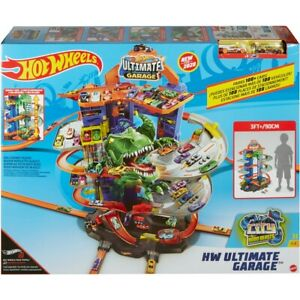 Hot Wheels City Ultimate Garage & Racetrack + 2 Cars Vehicle *NEW* 2020 version