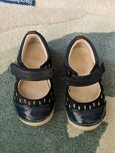 Girls Clarks Cruisers Little Lou Navy Leather Size 4.5F
