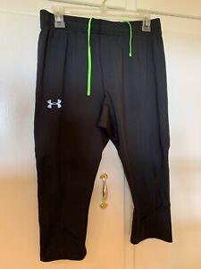 Juniors UNDER ARMOUR Capri Length Yoga Pants 10/12