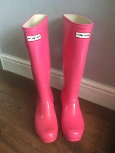 hunter wellies size 5 Pink