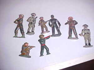(8) Vintage Metal Toy Soldiers