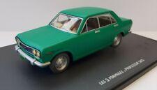 Hachette 1/43. Serie  Blake et Mortimer . Datsun 510  Avec boite souple. Neuf.