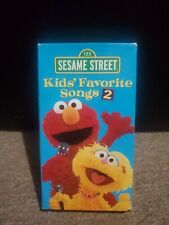 Sesame Street Kids Favorite Songs 2 (VHS, Sep-2001, Sony Music Distribution)