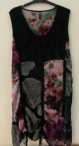 Ladies plus size 18 TAKING SHAPE  TS  colourful sleeveless crinkle tunic dress