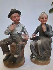 Coppia anziani seduti  Statuine nonni in  Ceramica di Capodimonte  H 18 cm