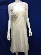 Kayser Vintage Nylon Slip Nightie Gown 36 Ivory Flower Detail