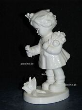 "+ww Goebel Hummel Figur, Hum  837, ""Blumenkind"", bumblebee friend, weiß"