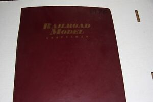 RAILROAD MODEL CRAFT MAGAZINE PART YEAR 1970 IN BINDER,MOST ISSUES IN GOOD SHAPE