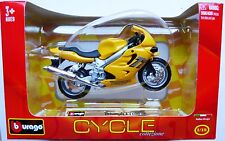 BURAGO CYCLE TRIUMPH TT 600 in 1:18