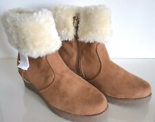 Michael Kors Wendy Wedge Big Girls Tan Cream Boots Size 5 NIB