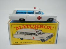 Matchbox Series Cadillac Ambulance MB54 (1)