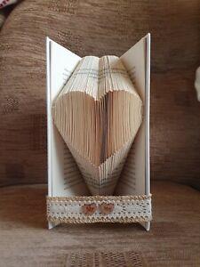 BEAUTIFUL MR & MRS RUSTIC HEART FOLDED BOOK ART LOVE WEDDING GIFT MRS & MRS