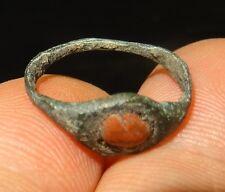 BAGUE ROMAINE SERTIE DE CORNALINE - 2nd CENTURY AD - ANCIENT ROMAN BRONZE RING