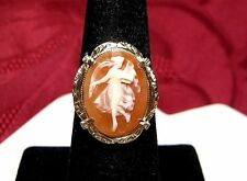 VINTAGE VICTORIAN 14K YELLOW GOLD CAMEO WOMAN IN A FLOWING DRESS RING SIZE 6.25