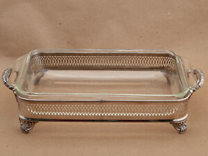 """Anchor Hocking (432) Fire King 10"""" 1.5QT Casserole Dish w/ Silver Plated Tray"""
