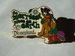 Disney Trading Pins 16319 DLR - The Merriest Place on Earth 2002 (Pluto)
