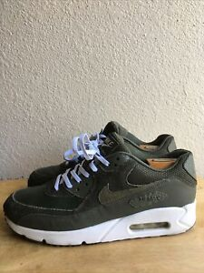 Nike Air Max 90 Ultra 2.0 LTR Olive Leather /Suede Size 10.5  Pre-Owned