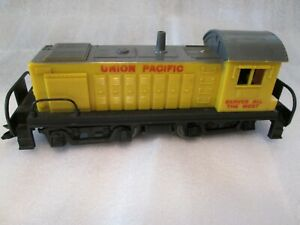 "MARX 1998 UNION PACIFIC LOCOMOTIVE RAILROAD TRAIN ENGINE O GAUGE ""VERY NICE"""