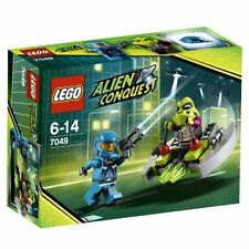 LEGO® Alien Conquest - Alien Striker Building Play Set 7049 NEW NIB Retired