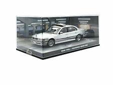 007 James Bond BMW 750iL 1:43 von Universal Hobbies