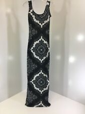 09381842bb54d BOOHOO WOMEN'S MANY MONO PAISLEY SCOOPNECK MAXI DRESS BLACK UK10/US6 NWT